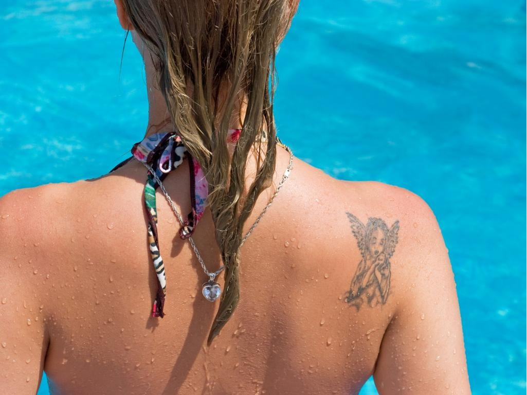 How to Protect Your Tattoo While Tanning
